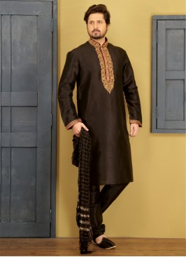 Black Embroidered Kurta Pajama