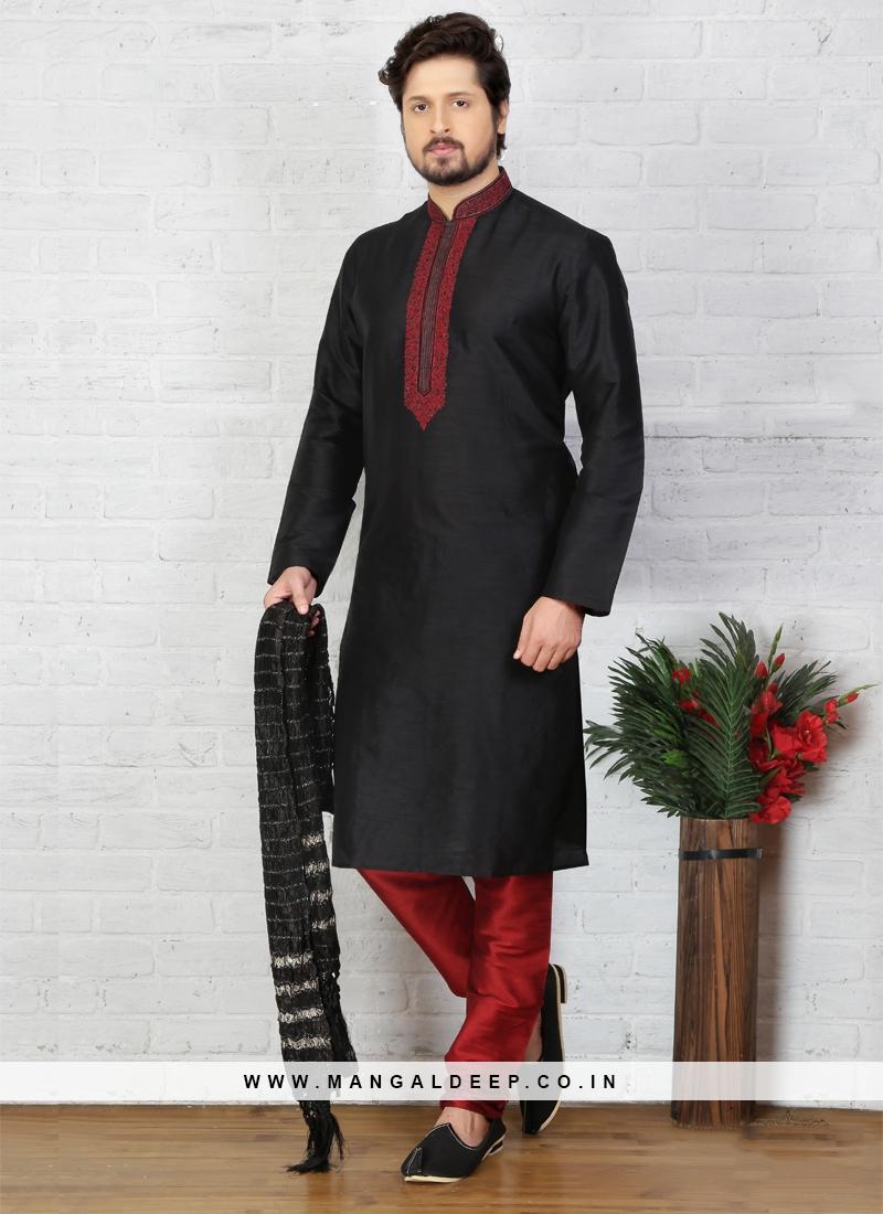 Black Kurta Pajama For Sangeet Function