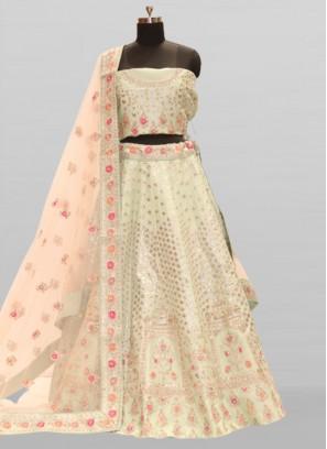 Bride Wear Lehenga Raw Silk In Green Color