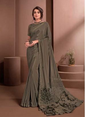 Brown Color Crape Ruffle Pallu Saree
