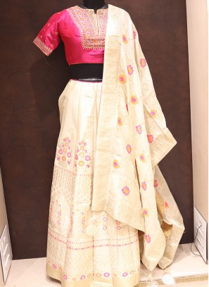 Dazzling Cream Color Heavy Lehenga Choli In Silk
