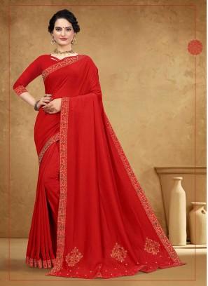 Dazzling Silk Saree In Red