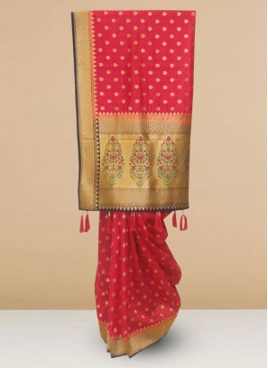 Designer Silk Saree In Lovely Pink Color