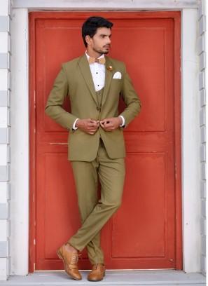 Distinctive Green Suit Set