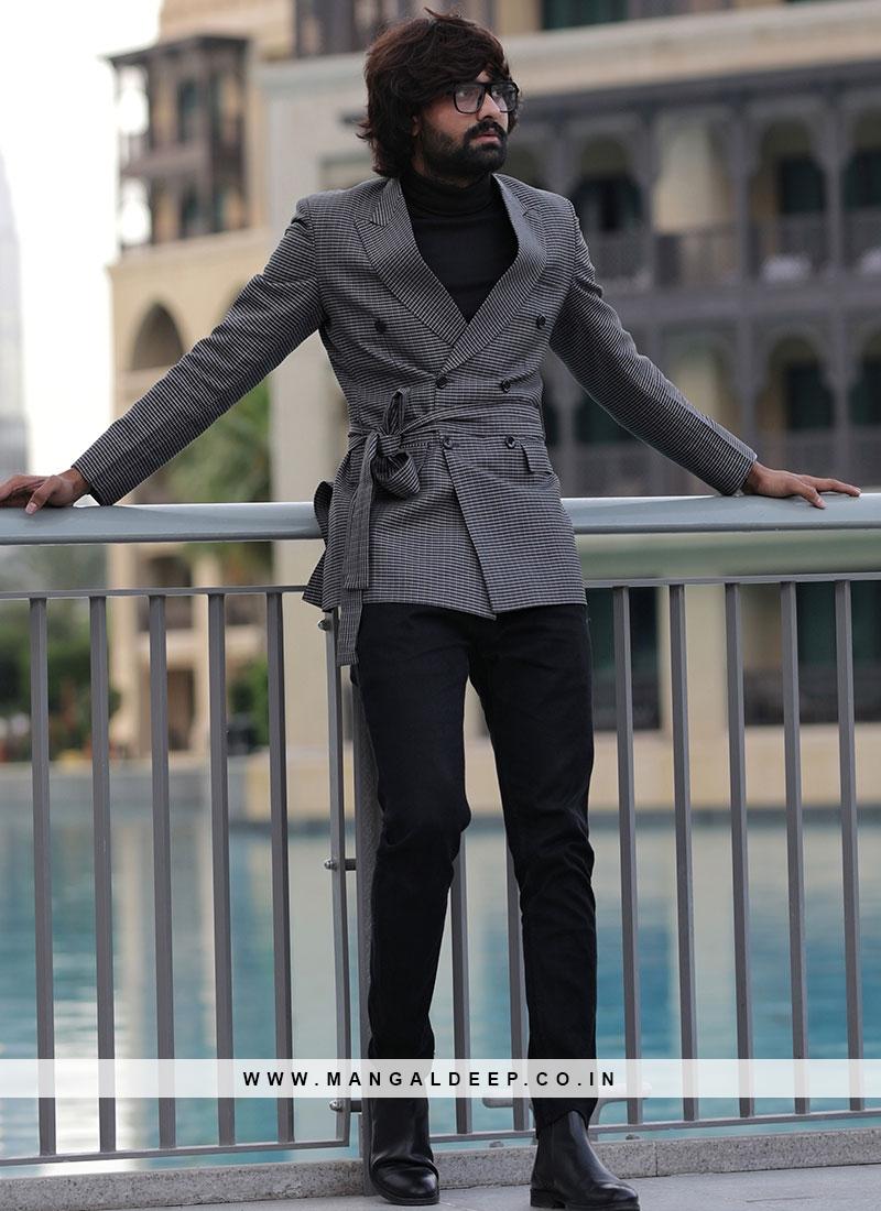 Gentlemanly Solid Grey Blazer