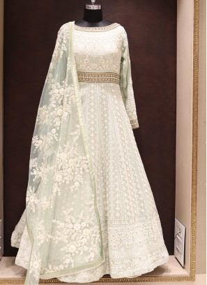 Graceful Green Color Wedding Wear Fancy Gown