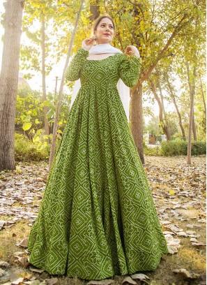 Greeen Color Maslin Bandhani Print Suit