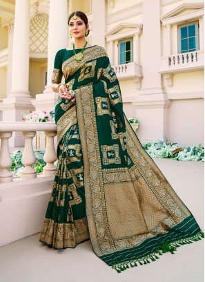 Green Color Banarasu Silk Saree
