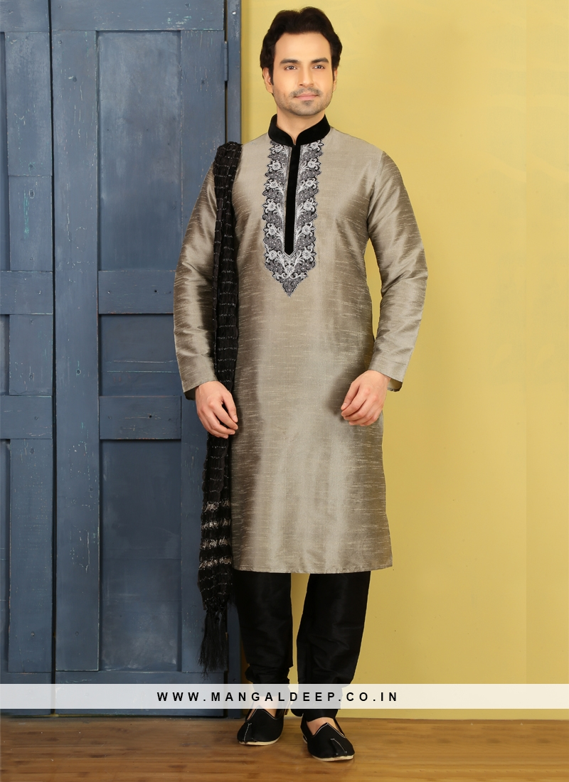 Grey Embroidered Kurta Pajama