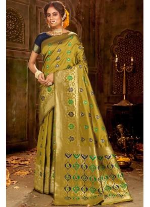 Latest Design Green Saree In Silk