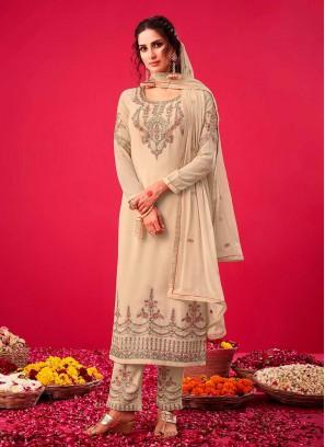Off White Color Goegrtte Pakistani Salwar Suit