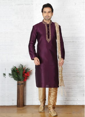 Purple Embroidered Kurta Pajamav
