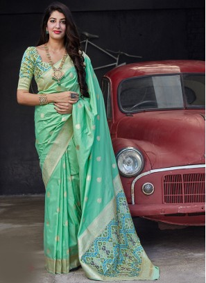 Sangeet Function Wear Green Color Banarasi Silk Saree
